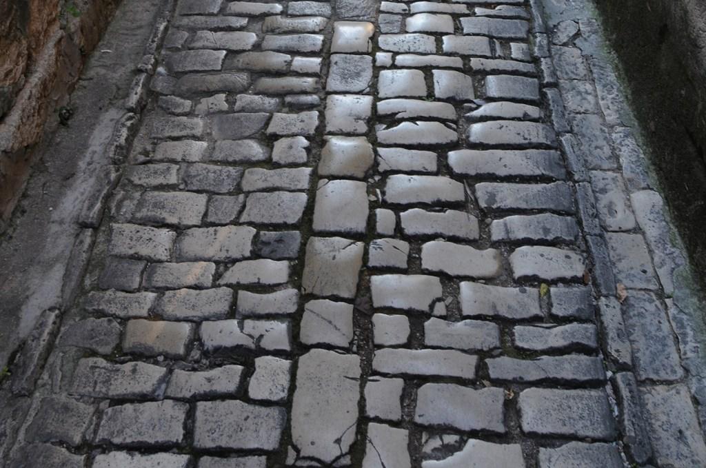 Cobble stones