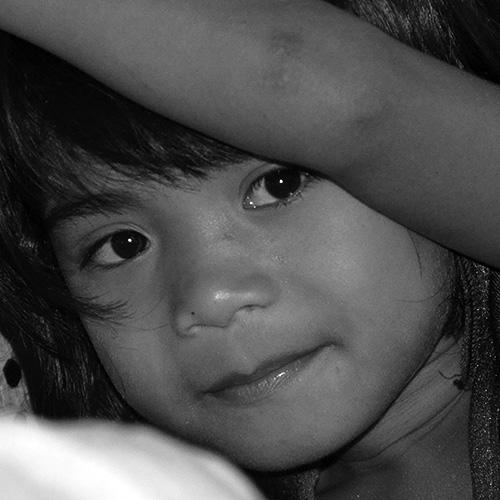 Little indigenous girl