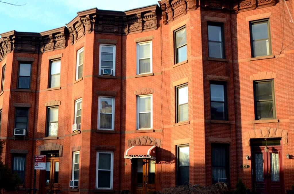 brooklyn-houses-NY