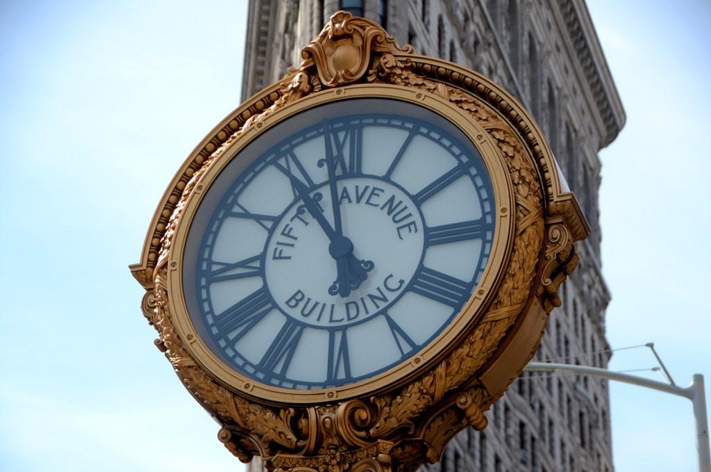 clock-NY