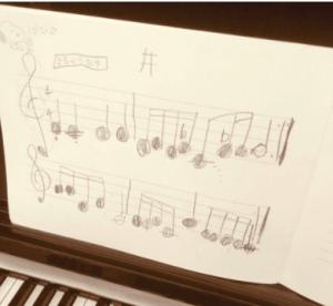 酒井美紀の息子のピアノ
