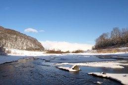 冬の川 豊平川
