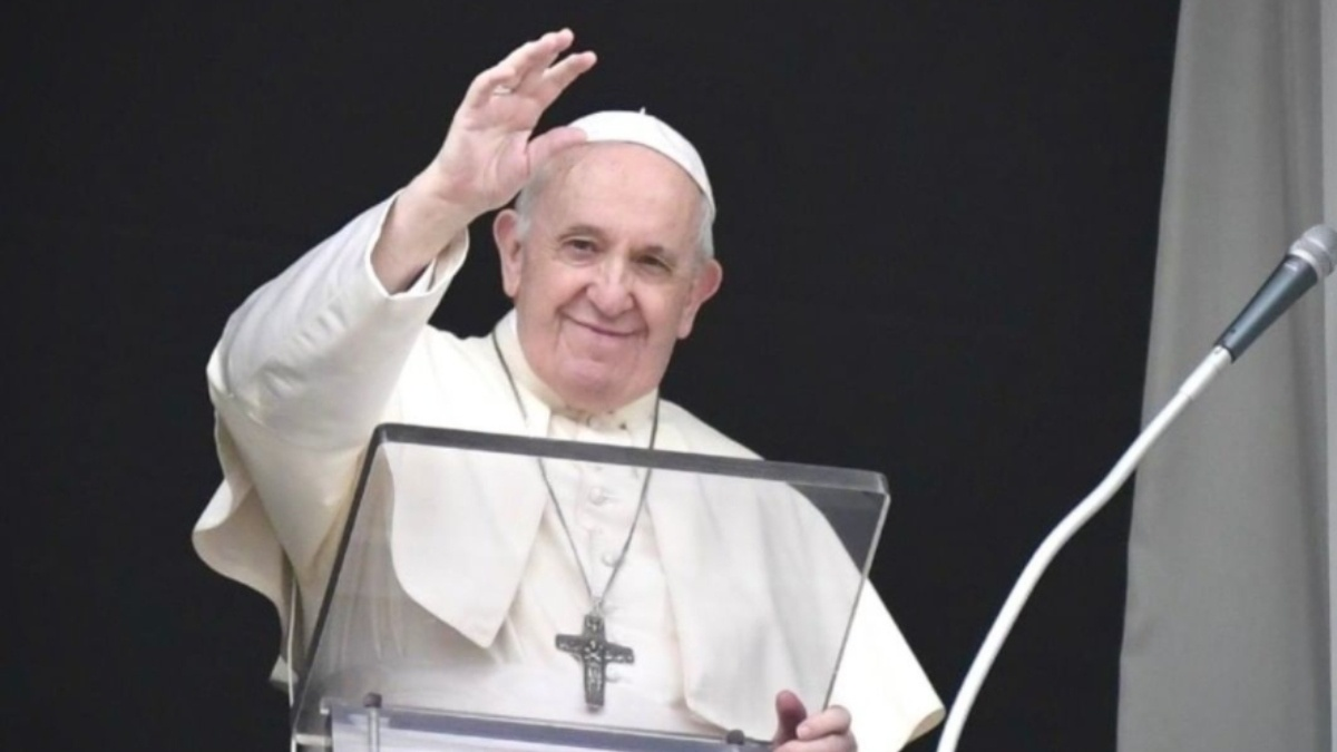 Pope Francis supports civil union laws for same-sex couples