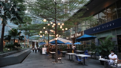 On Mother's Day, moms are out in bloom at Shangri-La Plaza