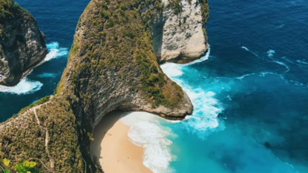 Bali reopens to international travelers but no tourists in sight