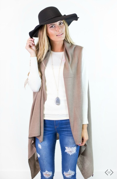 $10 off Knit Vests & Sleeveless Kimonos