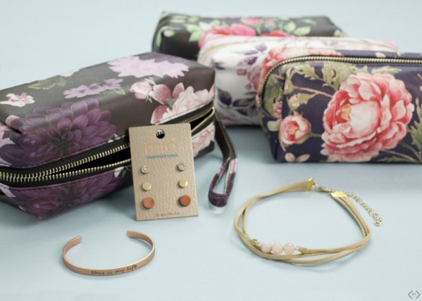 $19.99 Cosmetic Bag 3 Piece Jewelry Grab Bag