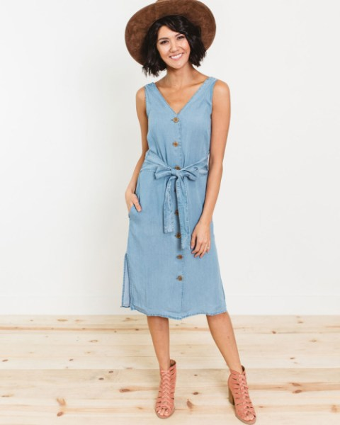40% off Spring Dresses (Start at $15)