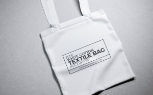 Free Cotton Tote Bag Mockup PSD