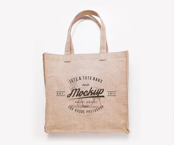 Free Tote Bags Mockup PSD