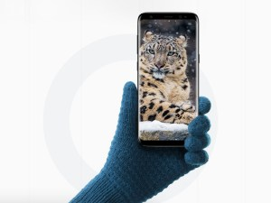 Free Realistic Samsung Galaxy S8 Mockup
