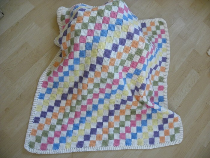 Free Pattern Baby Blanket: Follow the step by step tutorial video