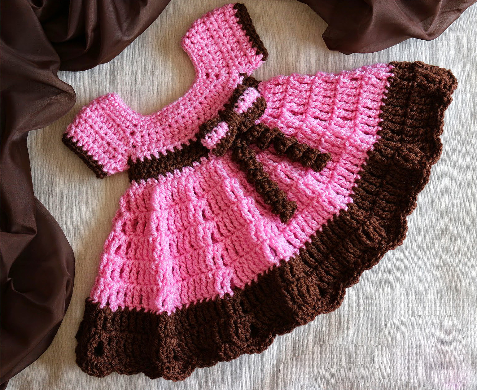 Baby Clothes Make a beautiful baby dress with free pattern video