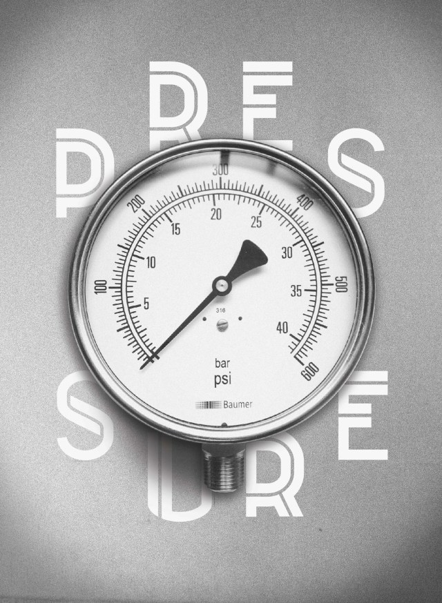 Tagus Display Free Typeface