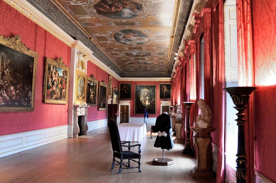 Kensington Palace - Hall