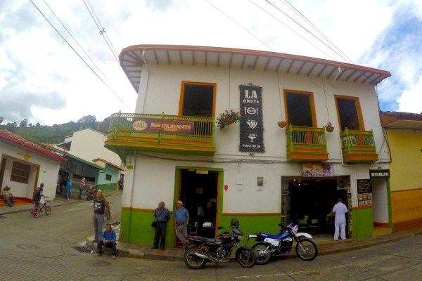 La Gruta Restaurante & Bar – Jericó, Colombia