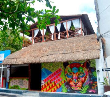Jaguar Negro Hostel – Playa del Carmen, Mexico