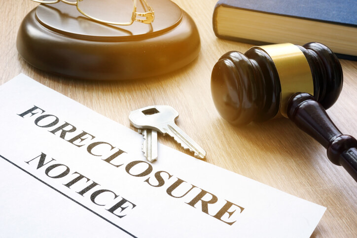 A foreclosure notice, options when facing foreclosure.