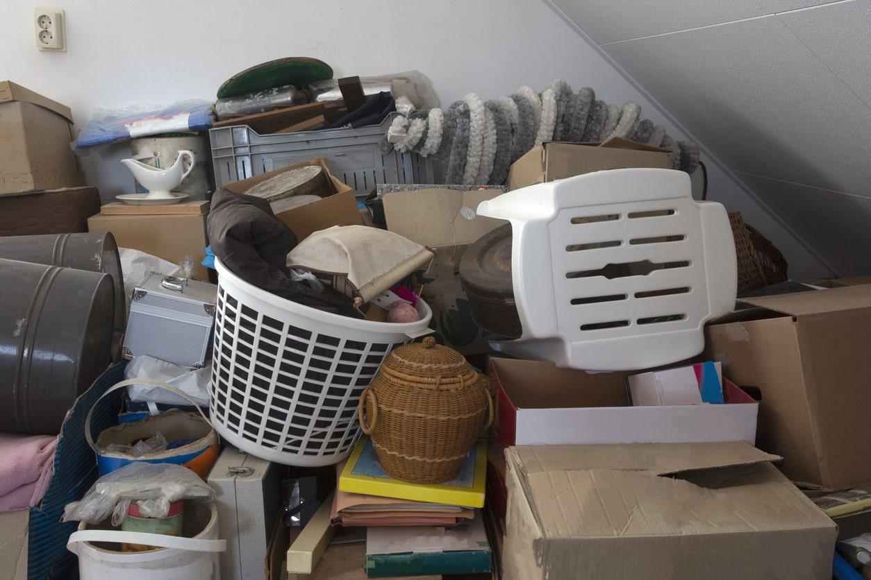 house full of trash