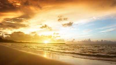 beach-sunrise-wallpaper-28966-29682-hd-wallpapers