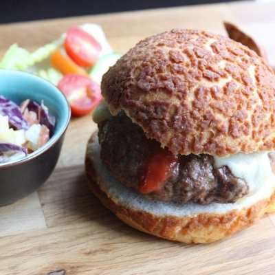 The Vozar Burger & Wedges – A Recipe From The Founders Of Celia Lager