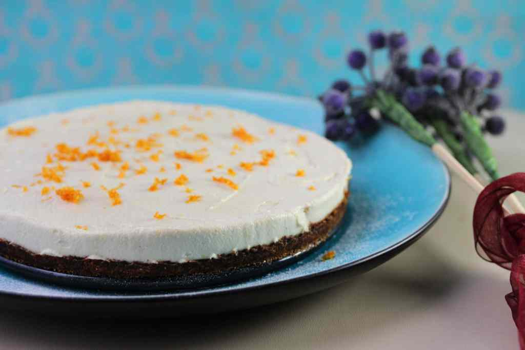 A simple but delicious cheesecake that's vegan, refined sugar free and grain free. Perfect for the paleo, GAPS or SCD diets.