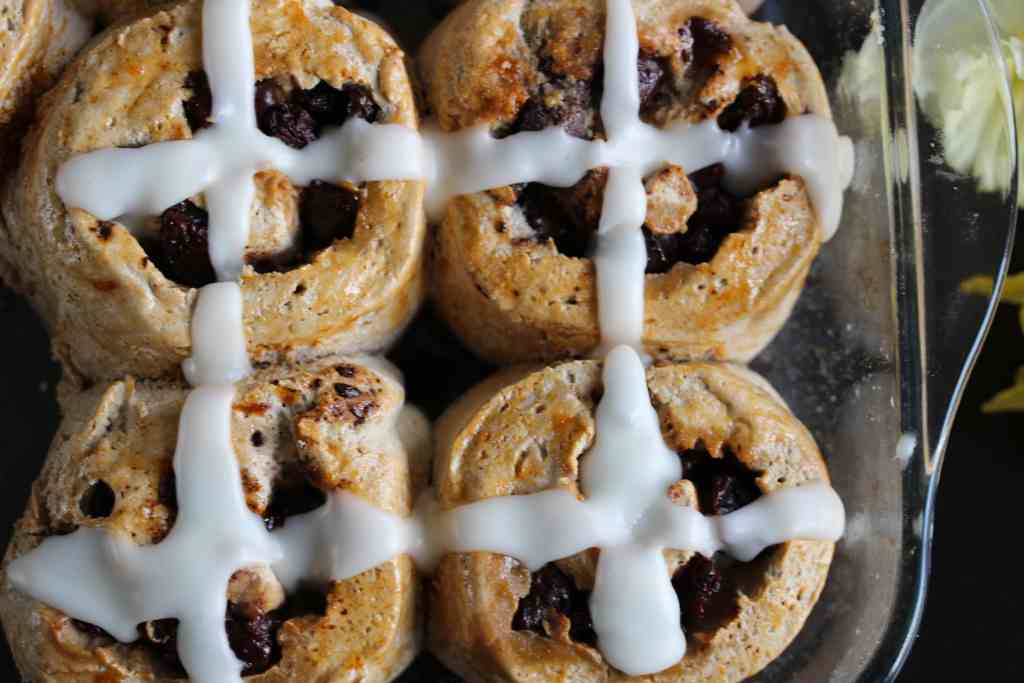 Delicious hot cross bun rolls made with the wholegrain gluten-free flour blend from the Free From Fairy. Gluten-free, Dairy-free, Egg-free, Nut-free, Soya-free, Low Sugar.