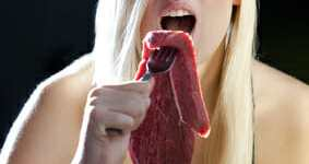Top 6 Reasons Why Some Vegans and Vegetarians Return to Eating Animals