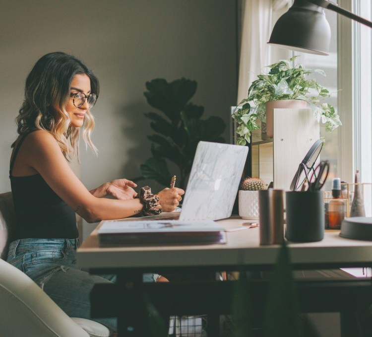 Why Right Now Is The Best Time To Launch A Freelance Writing Career - Freelance Writing Cafe