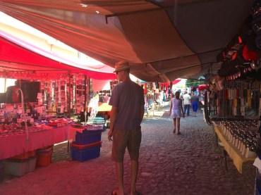 Wednesday market in La Cruz