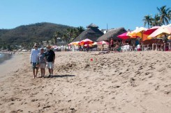 A stroll on the beach in Melaque