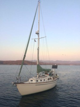 S/V Ellie arriving at the Tenacatita anchorage