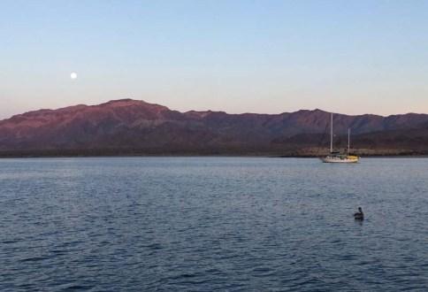 Moonset over La Gringa