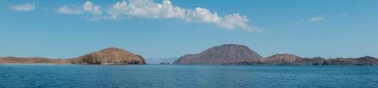 Pano of the La Gringa headland and the volcano on Isla Coronado (Smith)