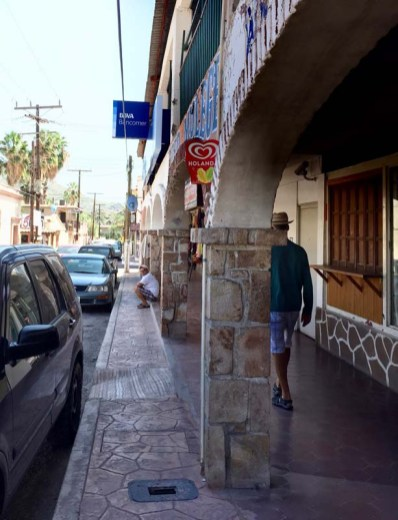 Wandering the streets of Mulegé