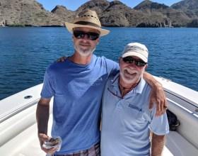 Rand and Lance feelin' the love on our jaunt around Isla Carmen