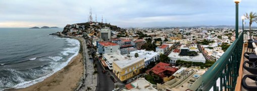 A view of the malecón from the top of the Freeman