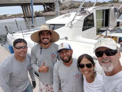 The hard-working Mazatlán Yacht Services crew