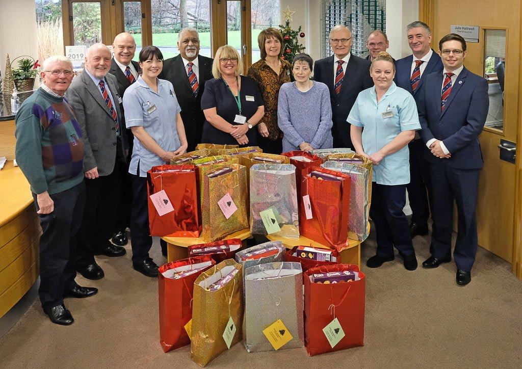 Rochdale Freemasons Provide Hospice Gifts