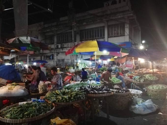 カルボンマーケット