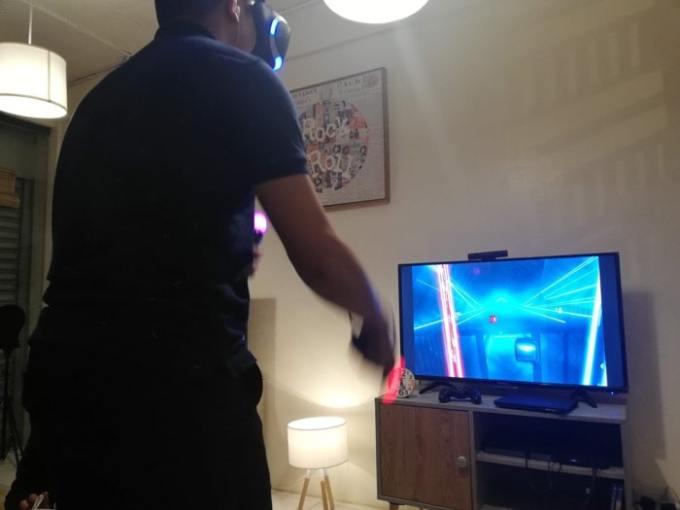 VRの音ゲーしてる人