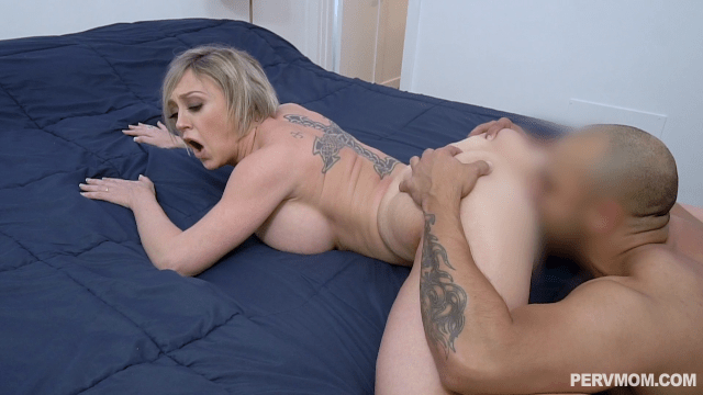 PervMom.com - Dee Williams - Busty MILF Stepmom Seducing Her Stepson While Her Husband Is Out
