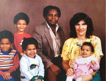 Childhood Picture of Sabryn Rock with her Family