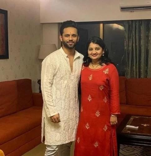 Rahul Vaidya With His Sister