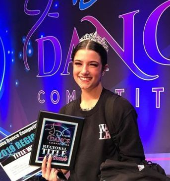 Charli D'Amelio as the Winner of Diva Dance Competition