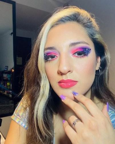 Jana Maradona wearing vibrant make-up