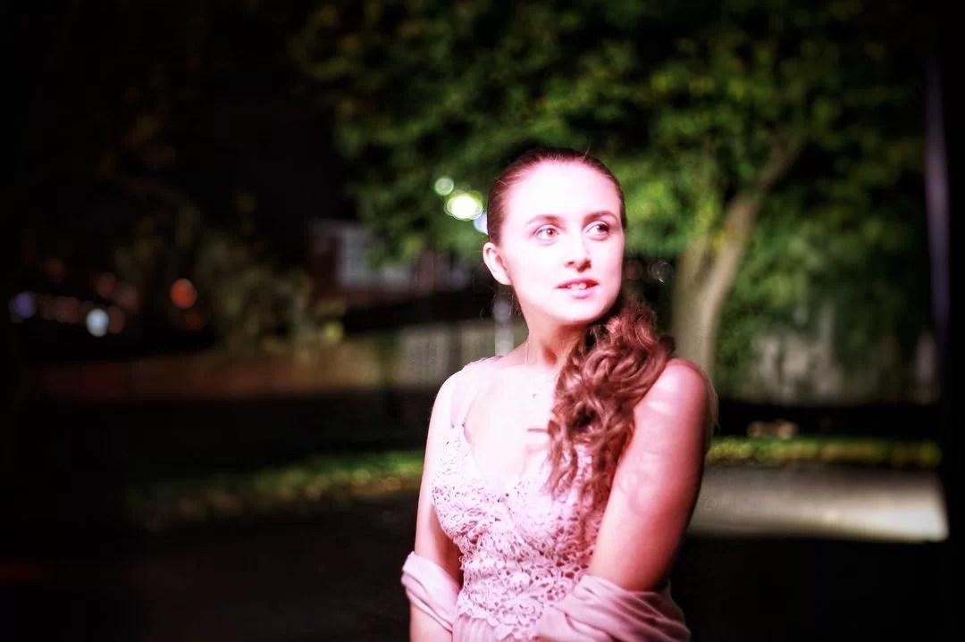 किआ पेग (अभिनेत्री) विकी, जीवनी, आयु, प्रेमी, परिवार, तथ्य और अधिक - विकीफौसम
