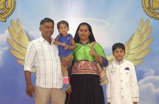 Pabiben Rabari with her family