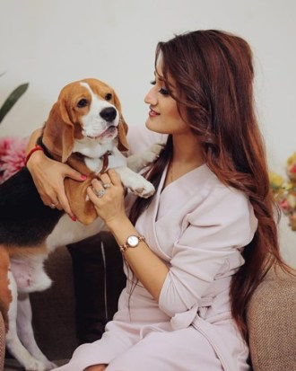 Arushi Nishank with her pet dog Tazz