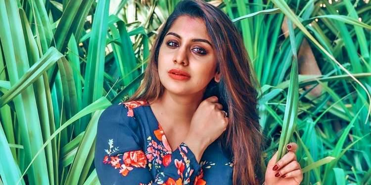 Meera-Nandan-Wiki-Bio-Age-Husband-Salary-Photos-Video-News-Ig-Tw